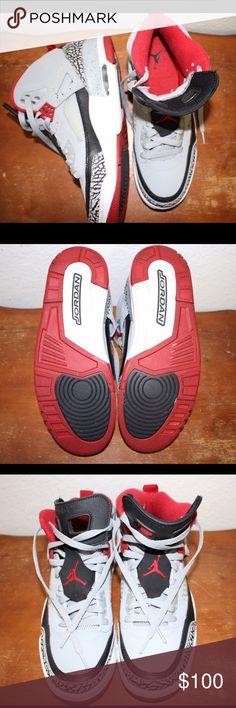 Air Jordan Spizike Like new. Minimal wear, only worn once. Size 9 men's Jordan Shoes Athletic Shoes