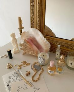 Room Ideas Bedroom, Bedroom Inspo, Bedroom Decor, Parisian Bedroom, Gold Aesthetic, Aesthetic Room Decor, My New Room, My Room, Mode Pastel