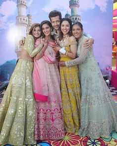 Interested in Bollywood Celebrity Weddings? Then you will love the Mohan Sisters Wedding Outfits. So beautiful and now you know their wedding outfit prices! Indian Wedding Bride, Indian Wedding Outfits, Indian Bridal, Indian Bridesmaids, Bridesmaid Outfit, Bride Sister, Sister Wedding, Sister Sister, Pre Wedding Photoshoot