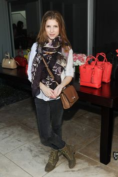 Anna Kendrick at the Theodora   Callum and Coach Sunset Cocktail Party Coach  Handbags Outlet, e3df550295