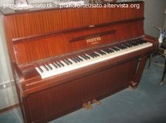 pianoforte verticale Playel
