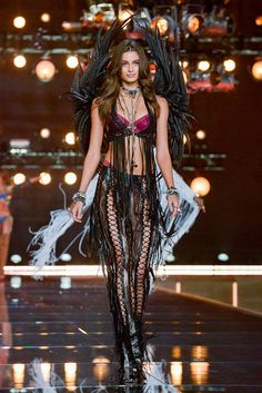 Les Anges Victoria's Secret : Taylor Hill