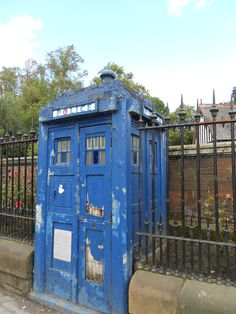 IS THIS THE RESTING PLACE OF DOCTOR WHO?????? <<<HE'S CALLED THE DOCTOR!!!