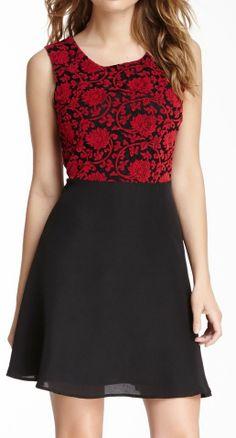 Lace Panel Sleeveless Dress