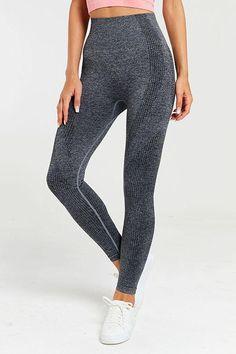 Seamless Long Sleeve T Shirt Leggings Set – myslady Gym Leggings, Girls Leggings, Activewear Sets, Sport Tights, Seamless Leggings, Sport Fashion, Sports Women, Colorful Leggings, Fit Women