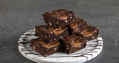 Brownies, Sweets, Bread, Desserts, Food, Youtube, Cake Brownies, Tailgate Desserts, Deserts