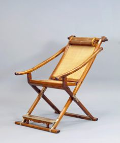 A Huanghuali Wood Folding & Detachable Chair - Ming dynasty 16th century
