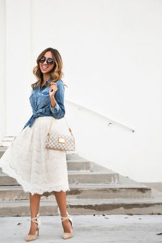 Denim shirt and white lace skirt - Styleoholic Modest Outfits, Skirt Outfits, Modest Fashion, Fall Outfits, Fashion Outfits, Ladies Fashion, How To Look Classy, Look Chic, White Lace Skirt