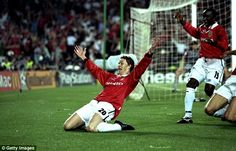 Ole Gunnar Solskjaer scored in extra time to defeat Bayern Munich to win the Champions League and secure the treble for Manchester United Manchester United Team, Official Manchester United Website, Camp Nou, Amazing Comebacks, Man Utd News, Premier League Champions, Man United, The Unit, Football Pics