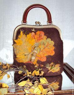 da2249e3b3bb Сумки валяные: лучшие изображения (21)   Change purse, Clutch bags и ...