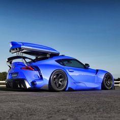 with the roof box! Toyota Autos, Toyota Cars, Bugatti, Tuner Cars, Jdm Cars, Fancy Cars, Cool Cars, New Toyota Supra, Ferrari