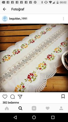 Maquillaje Halloween, Cross Stitch Flowers, Table Runners, Crochet, Hand Embroidery, Table Decorations, Sewing, Handmade, Crochet Table Runner