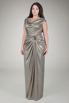 c3bf090144a27 20 Plus Size Evening Dresses to Look Like Queen