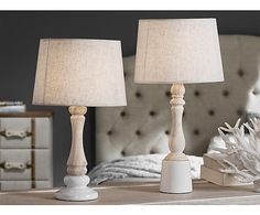 Lámpara de sobremesa en cerámica, madera y tela