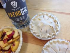 Gin and Ginger Peachy Pie