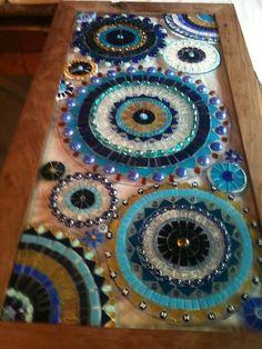 Mosaic Tile Art, Mosaic Vase, Mirror Mosaic, Mosaic Crafts, Mosaics, Mosaic Designs, Mosaic Patterns, L'art Du Vitrail, Mosaic Windows