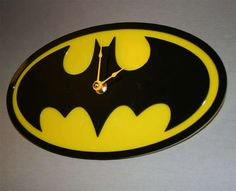 Batman Clock by alantronics on Etsy Batman Room, I Am Batman, Batman Stuff, Superman, Nananana Batman, Ideias Diy, Batgirl, Batwoman, City Art