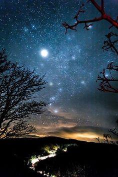 ¿No soy bella?.... Noche estrellada, como ¡diamantes en el cielo!