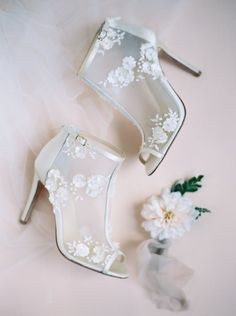 Beaded embroidered wedding booties by Joy Proctor for Bella Belle Photography by Laura Gordon