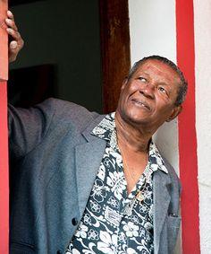 O sambista carioca Wilson Moreira participa de roda de samba e bate-papo que será gravado em vídeo (Foto: Vivian Ribeiro / Divulgação)