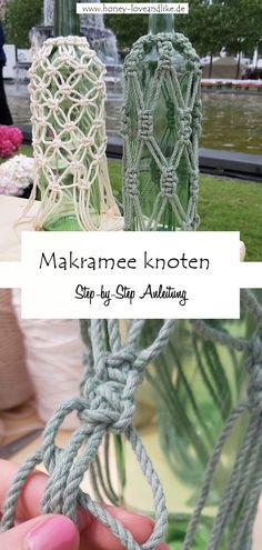 Heute zeige ich euch im Blog, wie man ein tolles Makramee um eine Weinflasche knotet. #Makramee Rope Crafts, Diy Crafts, Diy Upcycling, Repurposing, Diy Mode, Plant Hanger, Lifestyle Blog, Macrame, Knots