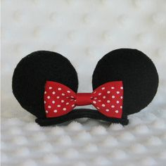 Minnie Mouse Ears Mini Hair Clip with Red Ribbon Bow (£6.91) ❤ liked on Polyvore featuring accessories, hair accessories, hair, red hair accessories, mini hair clips, barrette hair clips, red hair clip e hair clip accessories