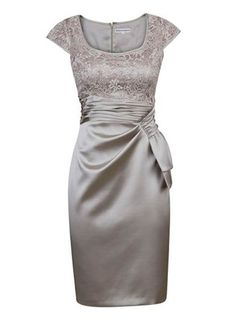 Decent Square Neck Cap Sleeves Short Silver Mother of Bride Dress with Lace  Ruched 40074f364913