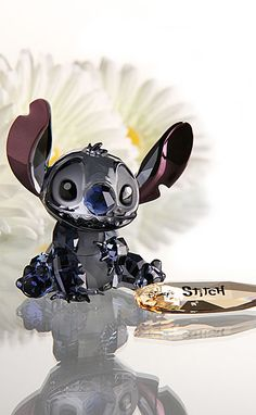 Swarovski Crystal Disney Collection, Stitch