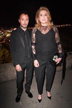 Anthony Vaccarello et Catherine Deneuve
