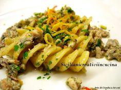Pasta con pesto di alici, pistacchio, pinoli e agrumi