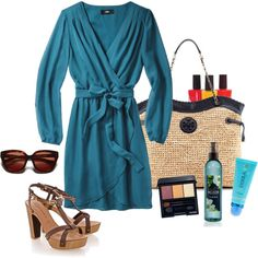 Mid-winter getaway? #vacation #outfit