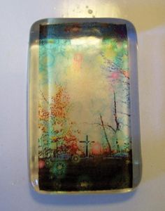 DIY Tutorial - How to make your own resin pendant from your photo transparencies. What fun! Very cool for making jewelry.