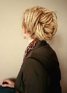 It only took 2 minutes and one hair elastic to do this. dreads are so versatile and easy to care for once they settle in! Dread Braids, Dread Bun, Braid Hair, Dreadlock Hairstyles, Braided Hairstyles, Wedding Hairstyles, Dreadlocks Updo, Formal Hairstyles, Dreadlock Styles
