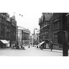 Queen Street Council House, City Council, Street Image, Street View, Nottingham City, St Peter's Church, Cute Photos, Old Things, Smile