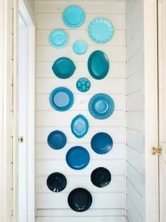 Turn mismatched plates into modern art with clever arrangement techniques and spray paint.