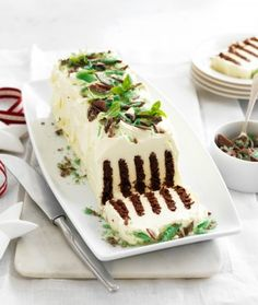 The popular chocolate ripple cake is topped with layers of cream and peppermint crisp INGREDIENTS: 900 ml Western Star Thickened Crea. Baby Food Recipes, Mexican Food Recipes, Sweet Recipes, Baking Recipes, Cake Recipes, Snack Recipes, Dessert Recipes, Xmas Desserts, Cheap Recipes