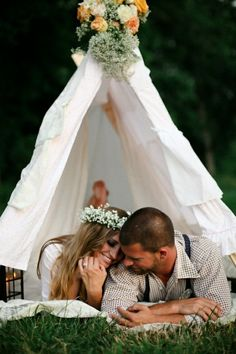 super cute engagement photo to introduce our camping themed wedding!