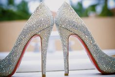 These shoes are gorgeous I love them, so glitzy and shiny. Could totally see Emma with a pair of these at her wedding day or something.