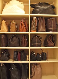 By using plastic dividers and storing your bags vertically, you can see everything at a glance while keeping your closet tidy. #closet #handbags #shelving #neat