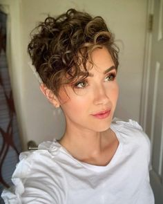Popular and Posh Pixie Cut Ideas for 2019 Page 7 of 19 Fashion Short Curly Hair Cut Fashion Ideas Page Pixie Popular Posh Curly Pixie Hairstyles, Short Curly Haircuts, Curly Hair Cuts, Short Hairstyles For Women, Hairstyles With Bangs, Short Hair Cuts, Curly Hair Styles, Short Curly Pixie, Style Short Hair Pixie