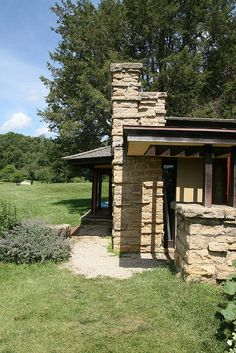 Taliesin East. Frank Lloyd Wright home and Studio. South of Spring Green, Wisconsin. 1911,1914, 1925 (remodels after fires)