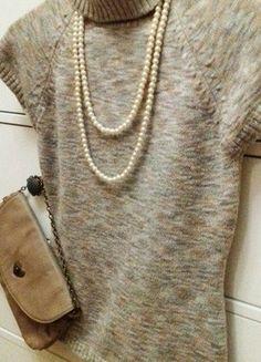 Kupuj mé předměty na #vinted http://www.vinted.cz/damske-obleceni/svetry/15307832-svetr-s-rolakem-a-kratkym-rukavem