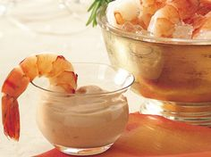 Shrimp with Bourbon Cocktail Sauce - QueRicaVida.com