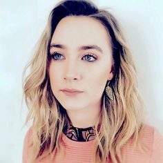 Saoirse Ronan's an Oscar nominee for best actress! This girl does shine wherever! She can excel in the movies in the red carpet and jewelry choices too. Love her and her style? Check out or nature-inspired jewelry for a Saoirse Ronan touch. It's all in IceCarats!  #icecarats #jewelry #fashion #accessories #jewelryjunky #latestfashion #trending #fashiontrends #affordablefashion #lookbook #fashionbloggers #bloggerstyle #bestseller #instaglam #instastyle #wiw #jewelrylover #ootd #streetstyle…