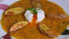 Hokkaidó omáčka s pošírovaným vajíčkom a pečenými zemiakmi Thai Red Curry, Ethnic Recipes, Food, Essen, Meals, Yemek, Eten
