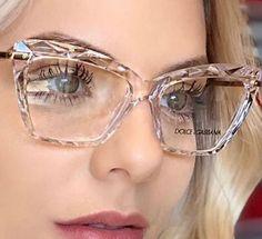 Nice Glasses, Cat Eye Glasses, Glasses Frames, Glasses Outfit, Fashion Eye Glasses, Designer Shades, Optical Glasses, Eyeglasses For Women, Simple Elegance