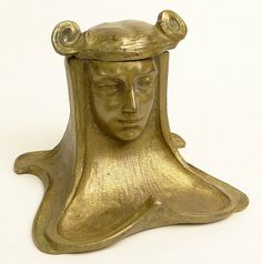 Circa 1900 Art Nouveau Gilt Bronze Inkwell in the Form of a Maiden