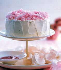 Angel Food Cake - Torten: prachtvoll & lecker - [LIVING AT HOME]
