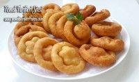 Mayasız Lokma Tarifi Onion Rings, Sausage, Pizza, Ethnic Recipes, Food, Kitchens, Sausages, Essen, Meals