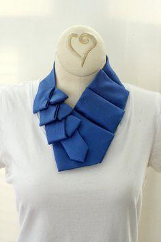 Womens Collar, Scarf, Ascot, Cobalt Blue, Recycled Necktie. 11 . . . . . der Blog für den Gentleman - www.thegentlemanclub.de/blog